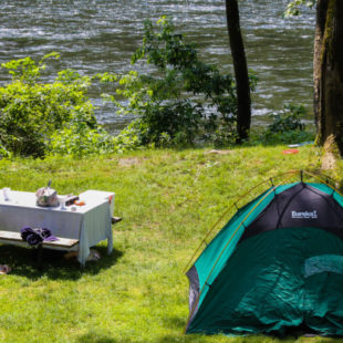 tent and picnic area for camping Indian Head Canoeing Rafting Kayaking Tubing Delaware River