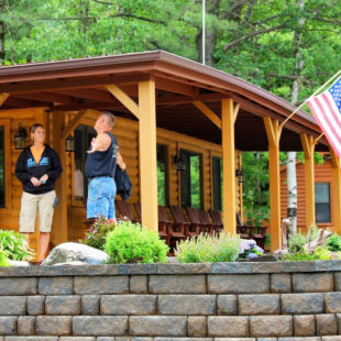 log cabin vacation rentals Delaware River