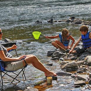 kids exploring Delaware River with mom Indian Head Canoeing Rafting Kayaking Tubing Delaware River